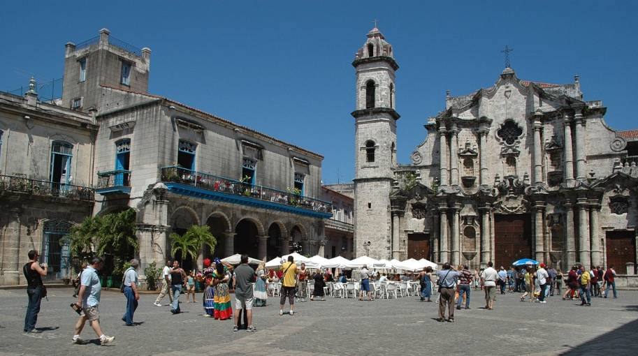CITY TOUR HABANA FULL DAY  (SALIDA DESDE HOTELES DE LA HABANA)