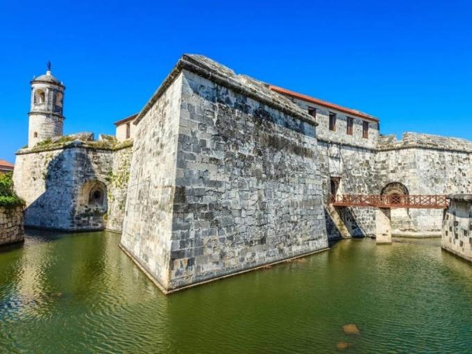FORTIFICACIONES DE LA HABANA, HISTORIAS Y LEYENDAS