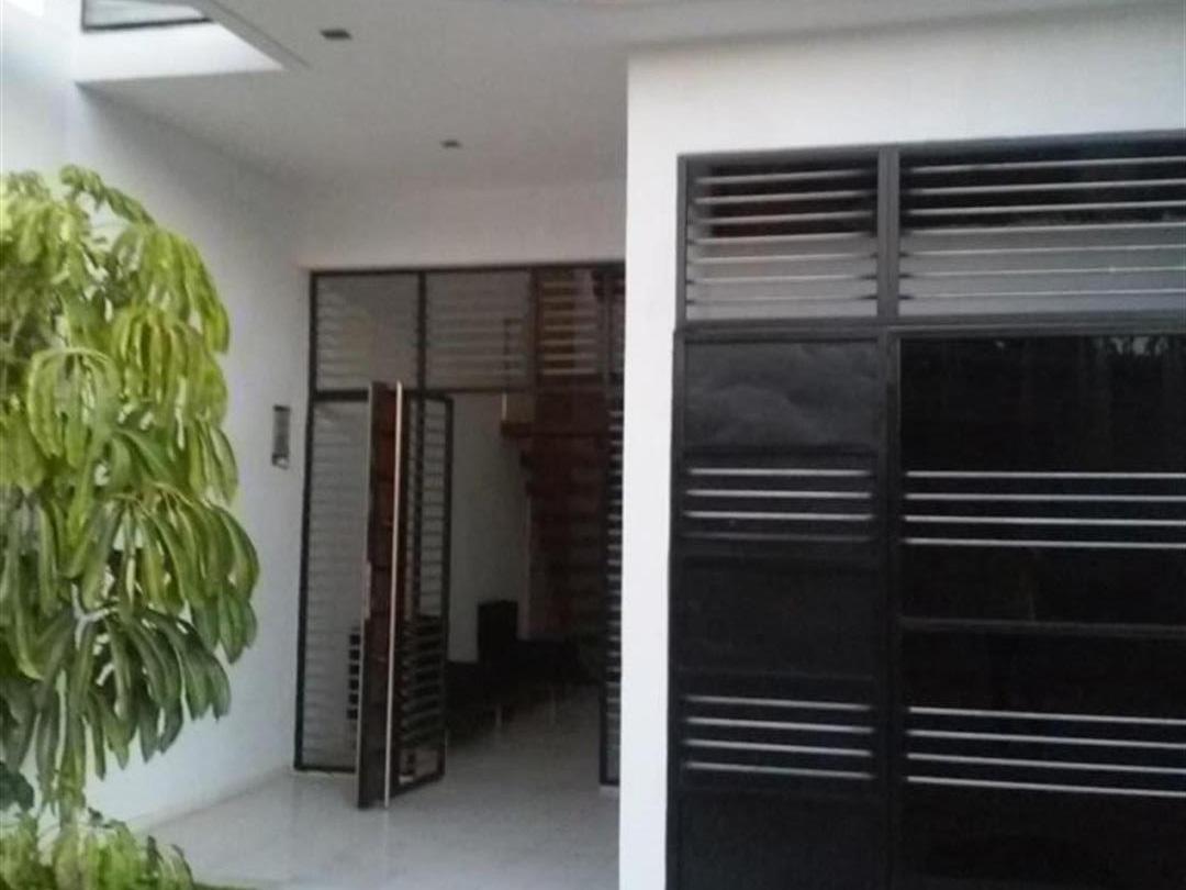 Hostal Miramar  -                                                 Entrance
