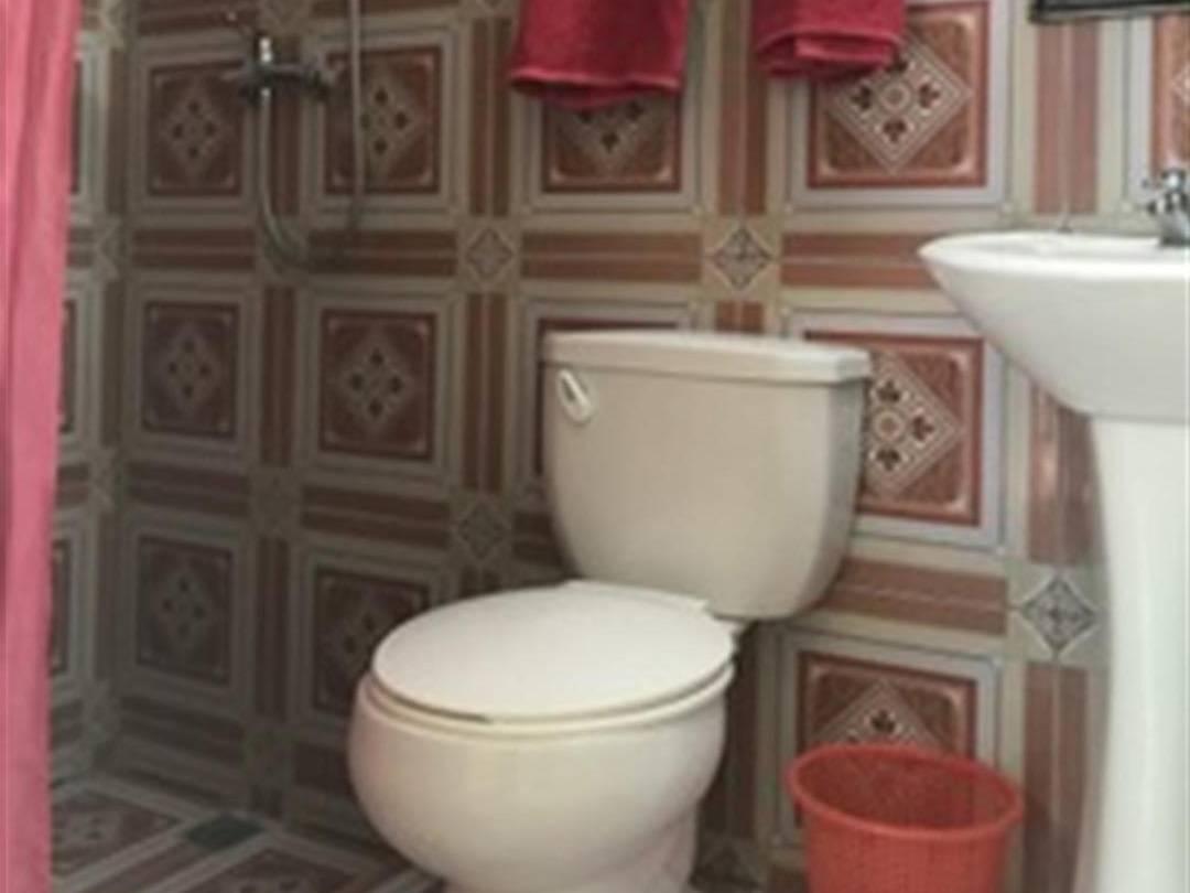 Hostal Casa Messi -                                                 Baño 2