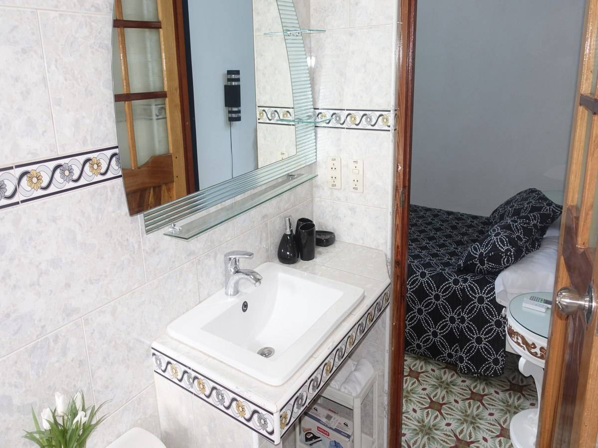Hostal Barceló -                                                 Baño 2.2