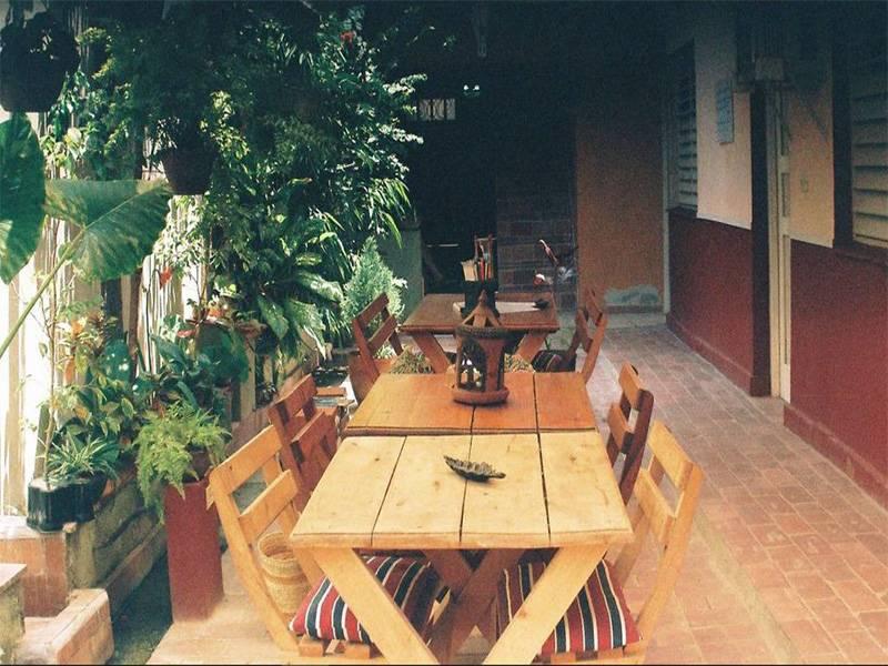 Hostal Itaca  -                                                 Terraza