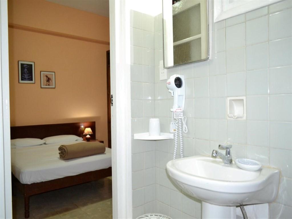 Concordia -                                                 Habitación con baño