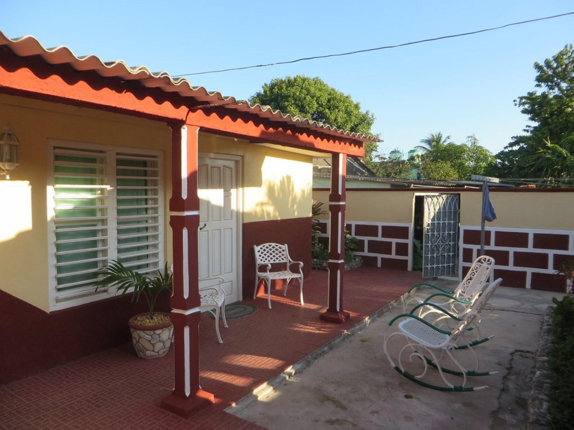 El Barbero -                                                 Terraza