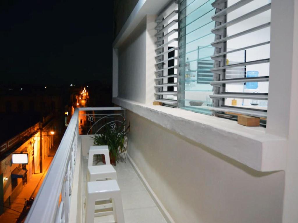 Apart-Hostal Santa Clara  -                                                 Balcón