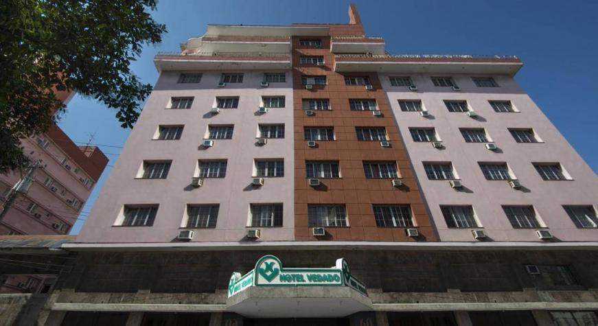 Paquete de aislamiento COVID19 - Hotel Vedado con desayuno y cena incluidas
