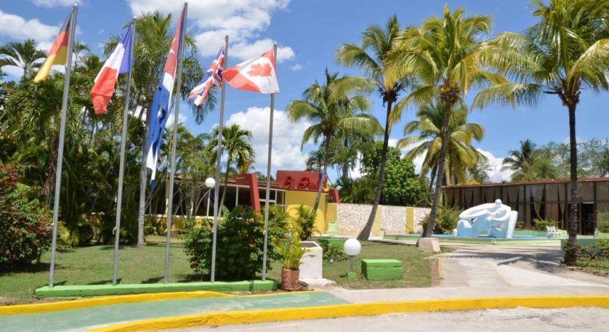 Paquete de aislamiento COVID19 - Hotel  El Bosque con desayuno, almuerzo y cena incluidas (desde La Habana)