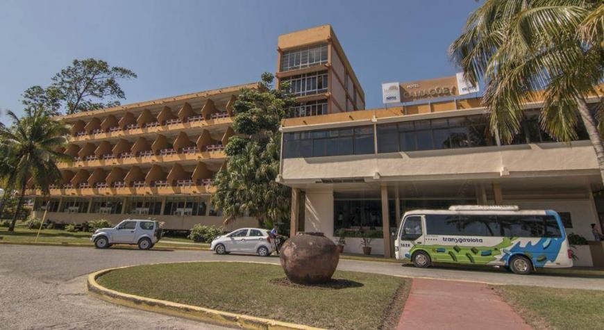 Paquete de aislamiento COVID19 - Hotel Camaguey con desayuno, almuerzo y cena incluidas (desde Santiago de Cuba)